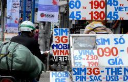 """Bộ trưởng Trương Minh Tuấn: """"Cần đẩy lùi vấn nạn SIM rác trong thời gian sớm nhất"""""""